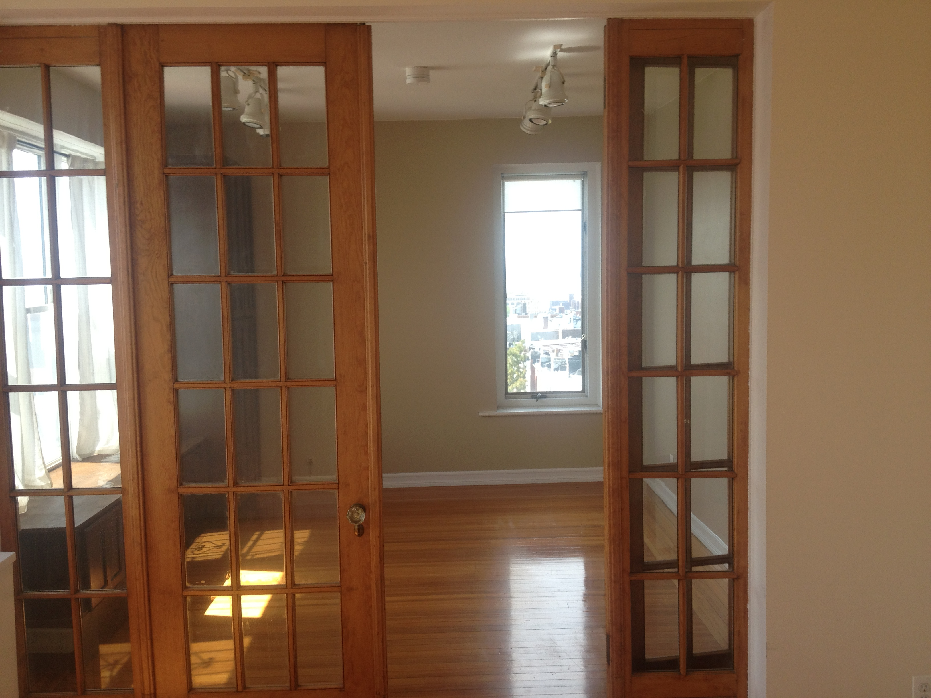 Kitchen cabinets sunset park brooklyn - Completely Mint 2 Bedroom Apartment In Finnish Co Op For 1 600 In Sunset Park Brooklyn Amazing Views From Every Window French Doors Beautiful Woodwoork